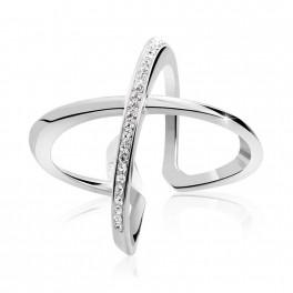 Stříbrný prsten Kříž Extramix  s křišťálovými kameny Swarovski® v barvě Rhodia