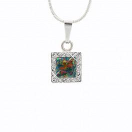 Stříbrný náhrdelník čtvereček s Opálky s obtahem a povrchovou úpravou Rhodium zdobené křišťálovými kameny Swarovski®